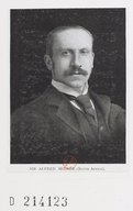 Image from Gallica about Alfred Milner (1854-1925)
