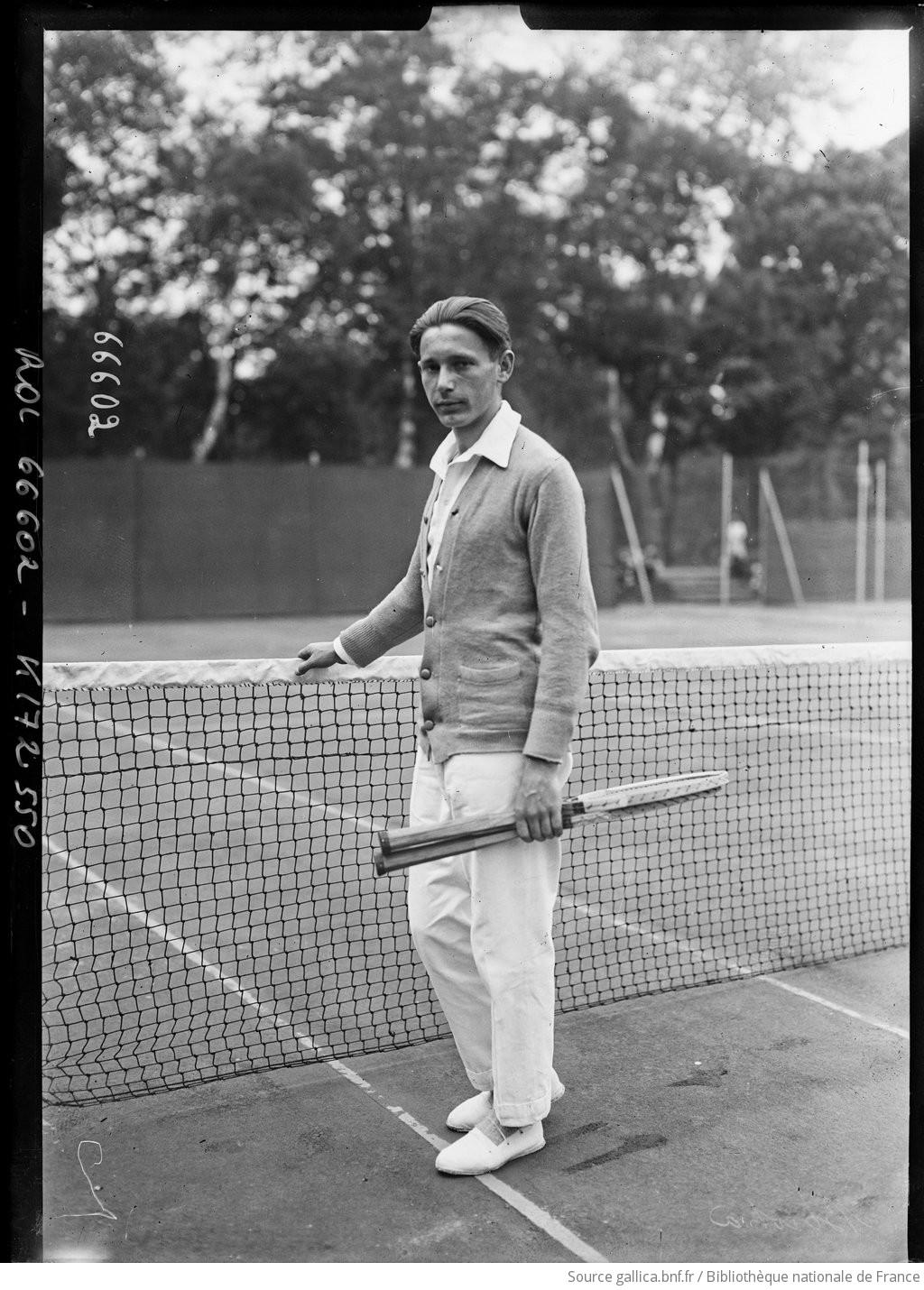 Jean] Borotra [joueur de tennis au championnat du monde au Parc