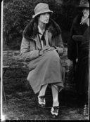 Illustration de la page Sybil Sassoon (1894-1989) provenant de Wikipedia