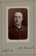 Illustration de la page Maximilien-Nicolas Bouvet (1854-1943) provenant de Wikipedia
