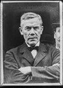 Illustration de la page William Adamson (1863-1936) provenant de Wikipedia