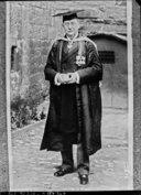 Illustration de la page Frederick Bridge (1844-1924) provenant de Wikipedia