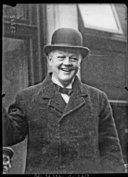 Bildung aus Gallica über Douglas McGarel Hogg (vicomte Hailsham, 1872-1950)