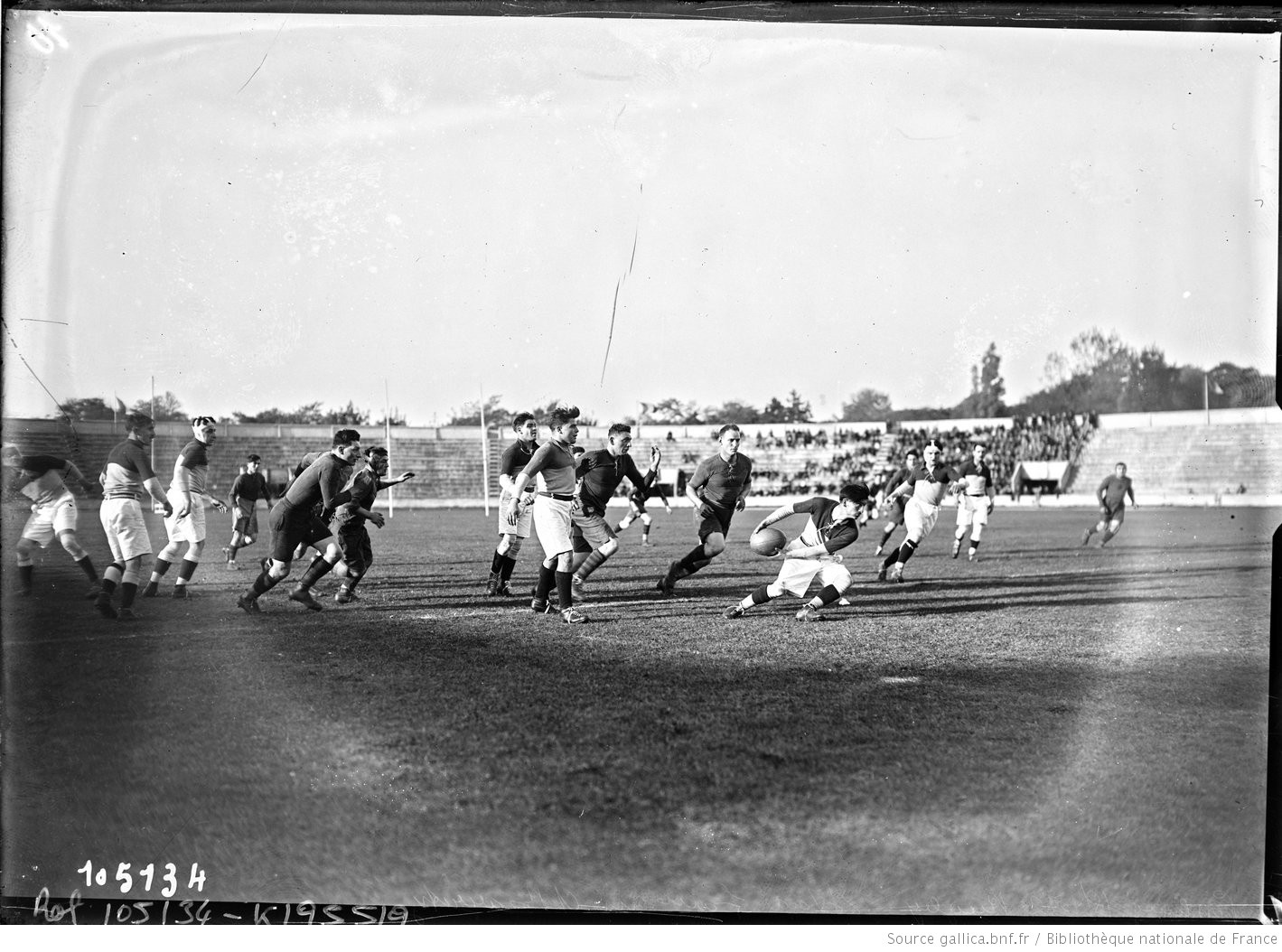[Stade] Pershing, 18/10/25, [match de] rugby, Stade français contre Biarritz : [photographie de presse] / [Agence Rol]