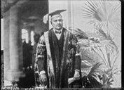 Illustration de la page Hari Singh Gour (1870-1949) provenant de Wikipedia