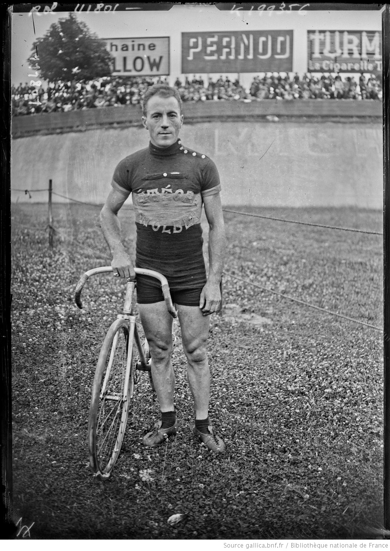 [Parc des Princes, 1/8/26, cyclisme sur piste,] Cuvelier : [photographie de presse] / [Agence Rol]