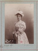 Image from Gallica about Suzanne Carlix (1872-19..)