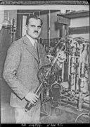 Image from Gallica about Arthur Holly Compton (1892-1962)