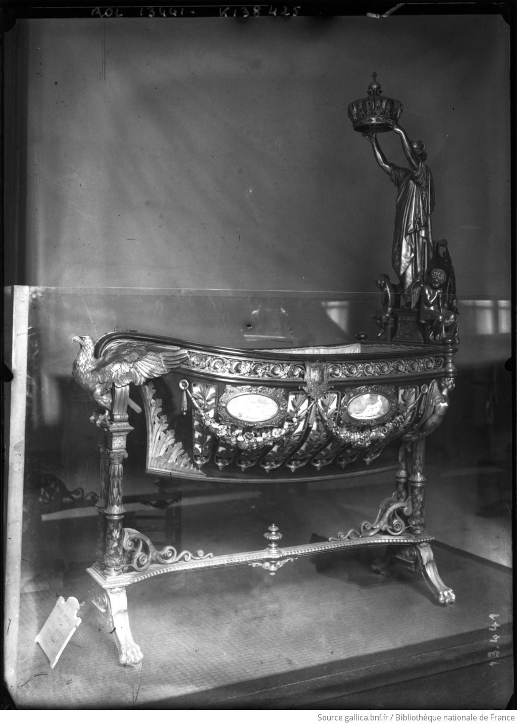 Berceau du Roi de Rome, Musée Carnavalet : [photographie de presse] / [Agence Rol] - 1