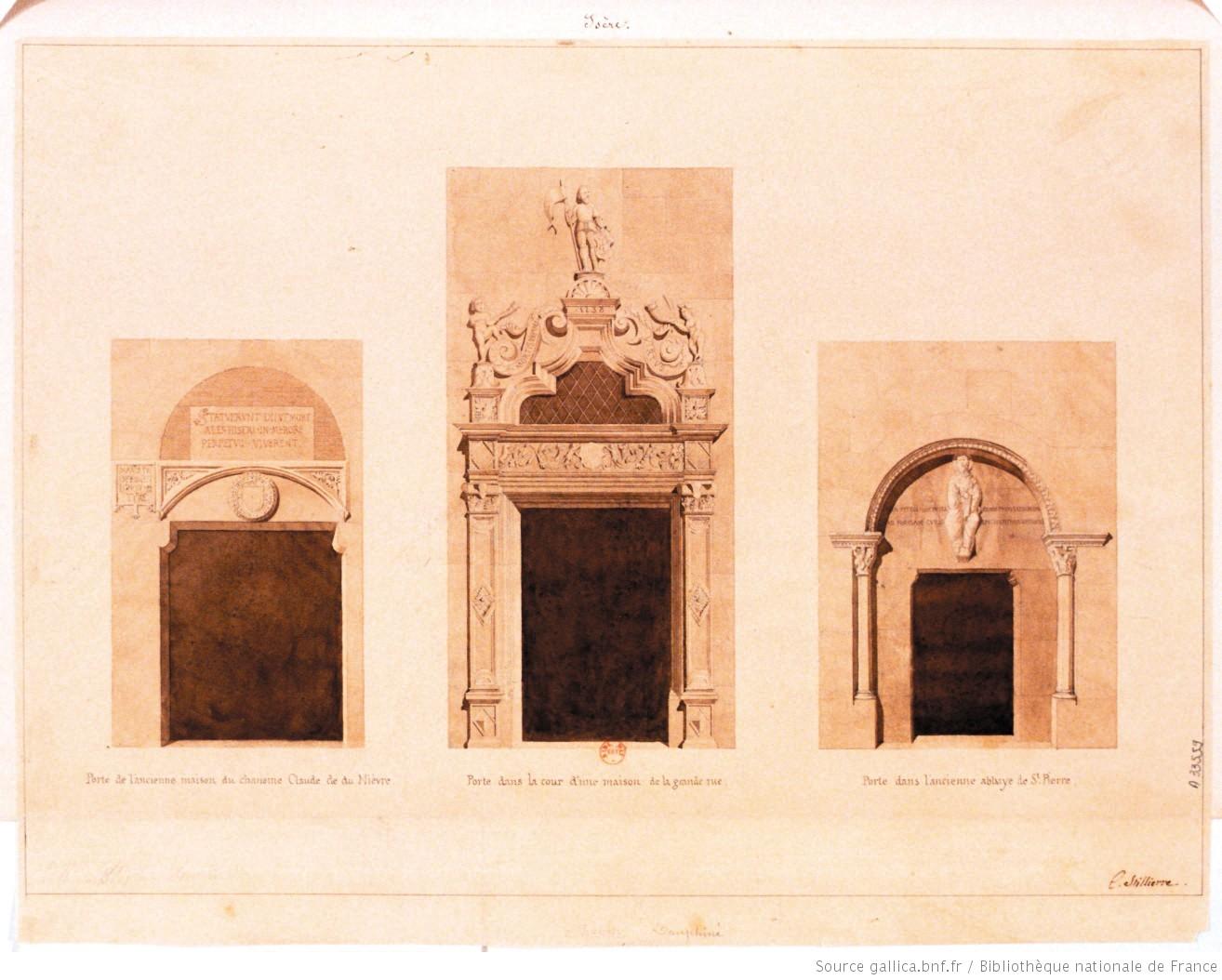 A vienne porte de l 39 ancienne maison du chanoine claude de for Porte de cour