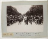 F. 17v. Course de Paris-Roubaix, 18 avril 1897;