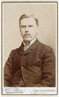 Illustration de la page Wilh.  Risse (photographe, 18..-19..?) provenant de Wikipedia