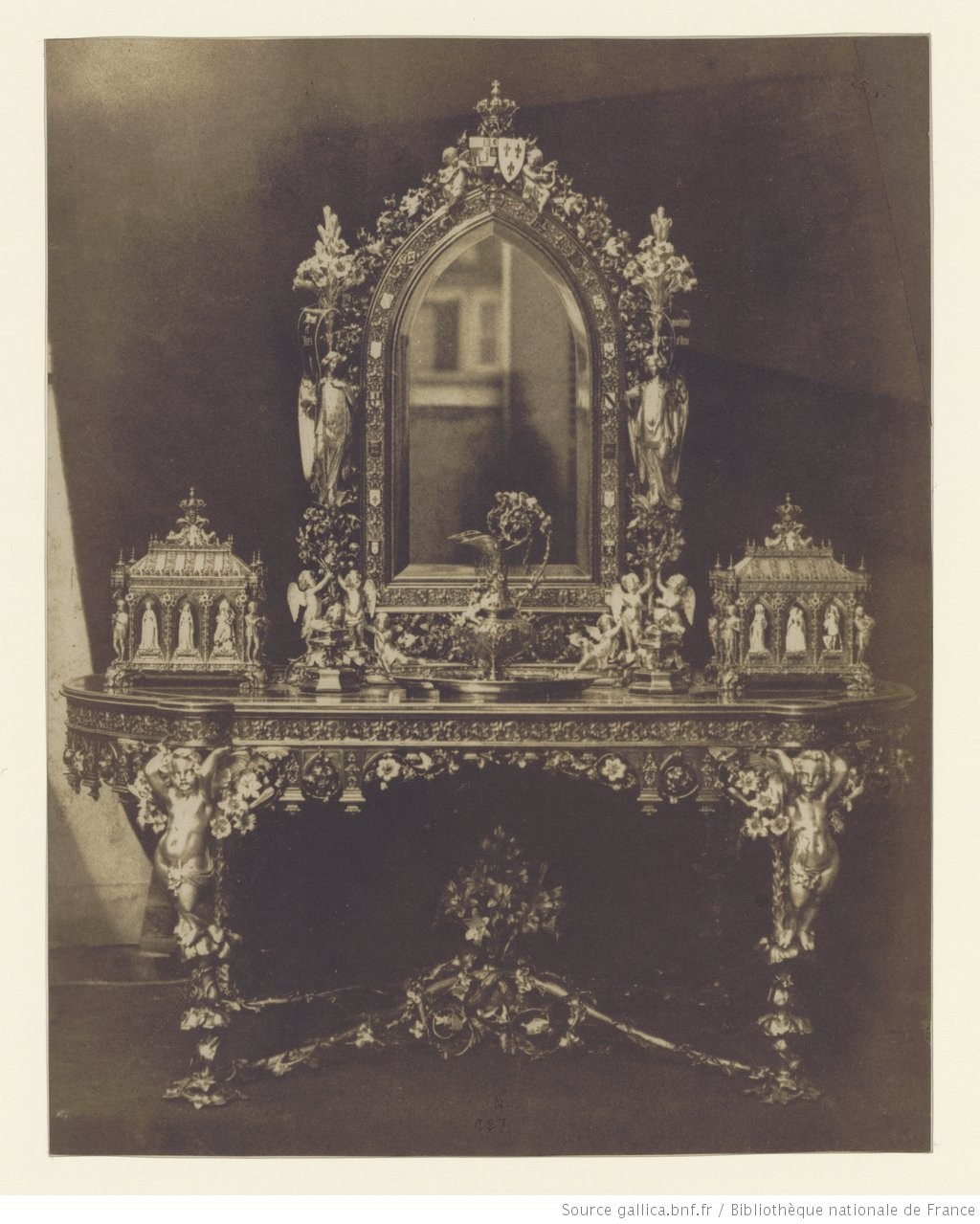 Gustave le gray autoportrait dans le miroir de la table for Autoportrait miroir