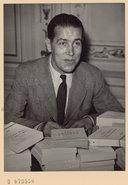 Bildung aus Gallica über Francis Ambrière (1907-1998)
