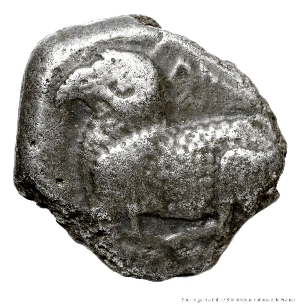 Εμπροσθότυπος 'SilCoinCy A4440, Fonds général, acc.no.: Babelon 570. Silver coin of king Evelthon's successors of Salamis 500 - 478 BC. Weight: 8.98g, Axis: 5h, Diameter: 20mm. Obverse type: ram lying l.. Obverse symbol: -. Obverse legend: u-we in Cypriot syllabic. Reverse type: Ankh, the ring formed of pellets ranged about a linear circle; in circle, inscription: the whole in incuse square. In four corners, four cypriot-syllabic signs. Reverse symbol: -. Reverse legend: pa-si-le-wo in Cypriot syllabic. 'Catalogue des monnaies grecques de la Bibliothèque Nationale: les Perses Achéménides, les satrapes et les dynastes tributaires de leur empire: Cypre et la Phénicie'.