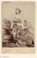 Illustration de la page Mademoiselle Antonelli provenant de Wikipedia