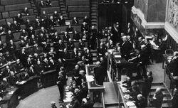 Séance de l'Assemblée nationale du 12 juin 1914, photographie agence Rol