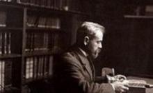 Musée de la parole et du geste. Hubert Pernot à son bureau - BnF - Gallica