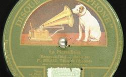 Disque SD 78 30-6015 - Adolphe Bérard (1870-1946) est un ténor, chanteur de variétés au café-concert, très populaire au début du XXe siècle - source : gallica.bnf.fr / BnF