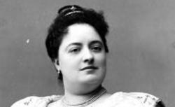 Avelina Carrera (1871-1939)