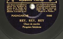 """Accéder à la page """"Rey, rey, rey : chant de marche ; Mihangozaotrany : chant d'amour / choeur de piroguiers sakalaves, chant"""""""
