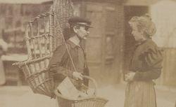 """Accéder à la page """"[Vie et métiers à Paris] [photographie] / [Atget]1898-1900 """""""