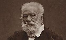 Victor Hugo, photographié chez lui, le 12 avril 1885; [Recueil. Portraits de Victor Hugo et de sa famille]