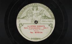 La Sposa venduta. Coro d'introduzione / [Smetana], comp. ; coristi del Teatro alla Scala - source : gallica.bnf.fr / BnF