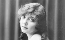 Conchita Supervía (1895-1936)