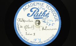 Falkenstein [i.e. Falkenštejn] : scène I ; [Jaroslav] Hilbert, auteur ; Mme [Marie] Hübnerová, voix parlée - source : BnF/gallica.bnf.fr