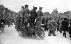 """Accéder à la page """"Le Traité de Versailles (28 juin 1919)"""""""