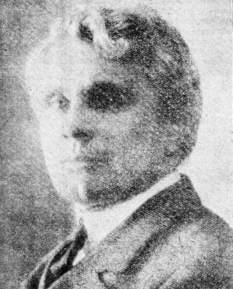 Joseph Paul-Boncour, délégué permanent de la France à la Société des nations, ministre de la Guerre. Image publiée à Vendôme le 17 juin 1932 dans le journal : Le Progrès de Loir-et-Cher