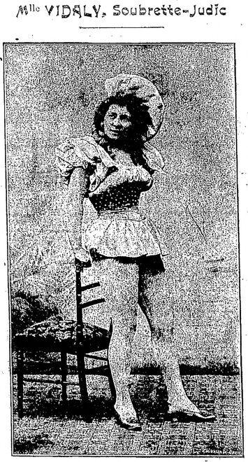 Mlle Vidaly, Soubrette-Judic. Image publiée à Cherbourg le 6/12 février 1898 dans le journal : Cherbourg-revue