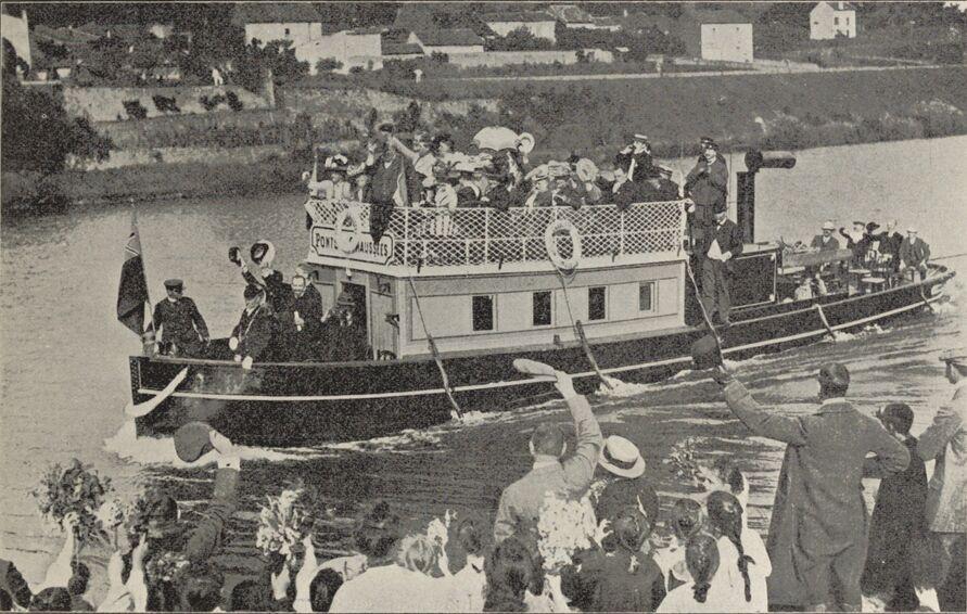 Promenade sur la Moselle dans le Rapport général sur l'Exposition internationale de l'Est de la France Nancy-1909. p. 789