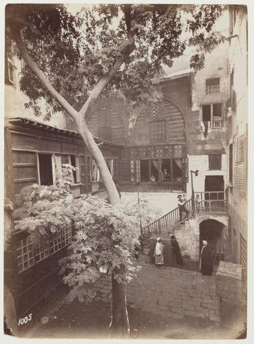Corte Casa presso Hôtel du Nil, s. d., BnF, département des Estampes et de la photographie, collection Max Karkégi.